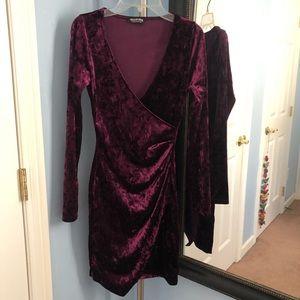 Velvet vneck dress